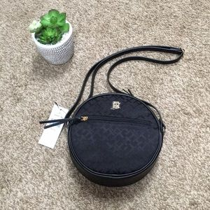 Tommy Hilfiger Round Crossbody Bag